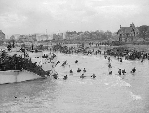 Kanadische_Truppen_landen_in_der_Normandie