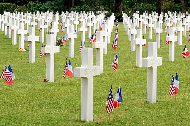 Normandy_American_Cemetery_and_Memorial,_June_2012